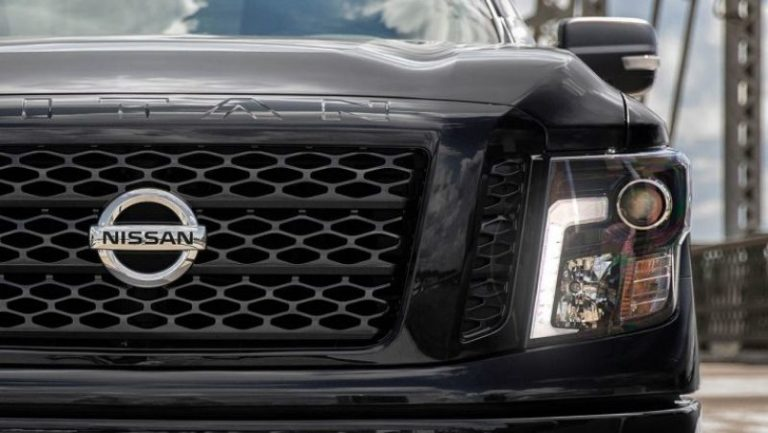2020 Nissan Titan Changes, Midnight Edition Package