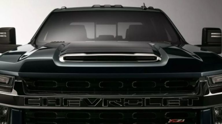 2020 Chevy Silverado HD first official photos revealed