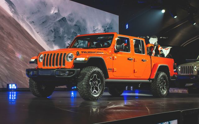 2020 Jeep Gladiator First Look, Release Date and Price
