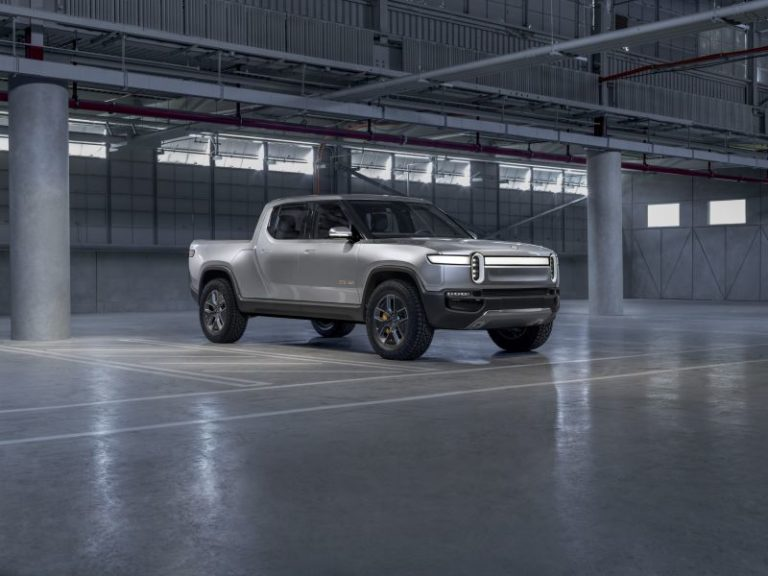 2020 Rivian R1T: First Look, Specs, Video